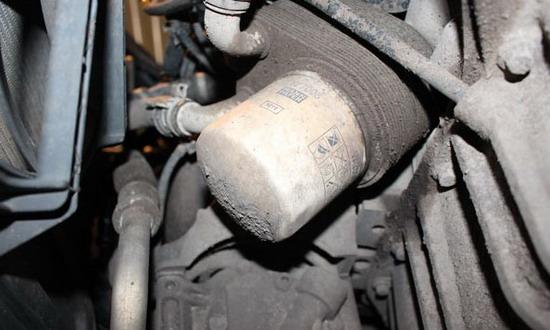 Замена масла в двигателе без подъемника