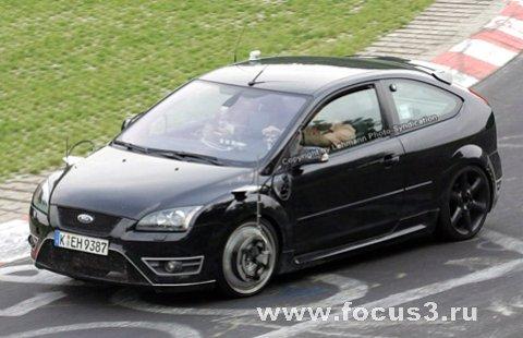 Ford готовит 300-сильный Focus RS