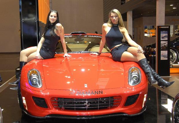 Essen Motor Show: Girl