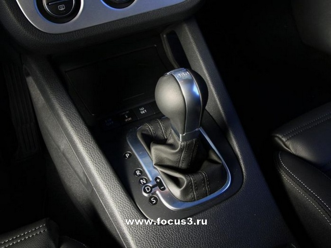 Test-Drive VW Scirocco vs. Ford Focus ST