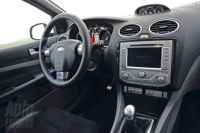 Первый тест-драйв Ford Focus RS