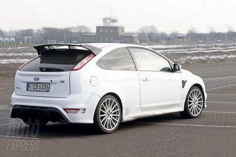 ������ ����-����� Ford Focus RS