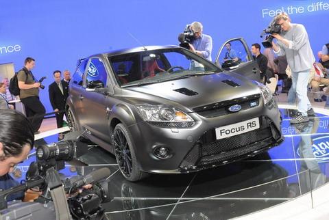 Ford Focus RS500 показали на выставке в Германии