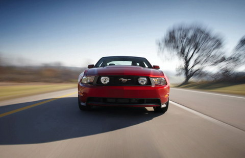 Ford Mustang проехал 1250 километров без дозаправки