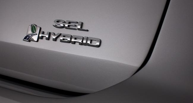 Ford C-MAX получит электрическую и гибридную версии