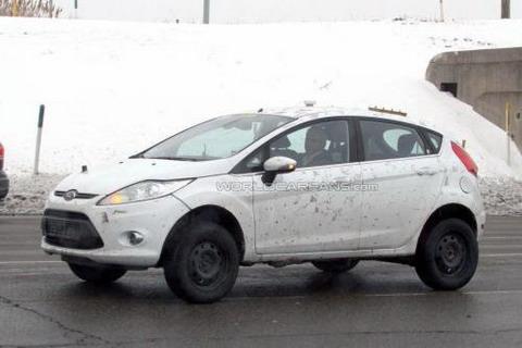 Внедорожная версия Ford Fiesta засветилась в США