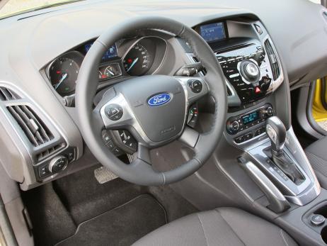 Ford Focus 2.0 TDCi | Opel Astra 2.0 CDTI | VW Golf GTD
