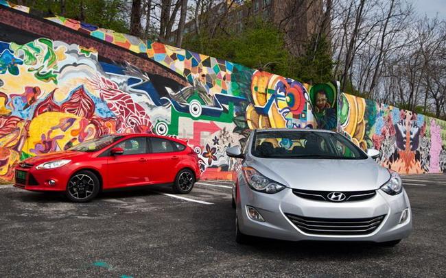 Hyundai Elantra 2011 vs Ford Focus 2012