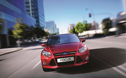 Ford Focus III � ������