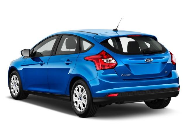 Ford Focus хэтчбек (Blue Candy)