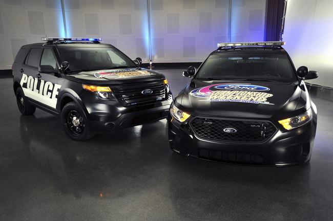 Полицейские перехватчики Ford примут участие в гонках NASCAR