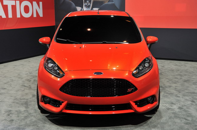 Ford Fiesta ST Concept на выставке в Лос-Анджелесе
