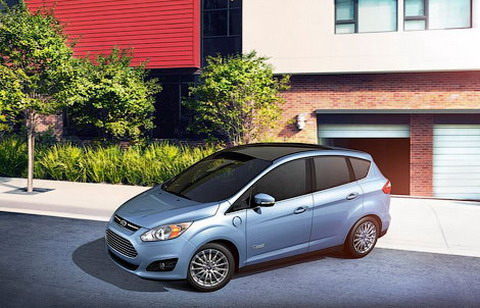 Ford ���������� ����� ��������� ������ C-MAX