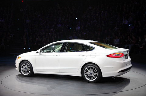 Detroit 2012: Ford Fusion 2013