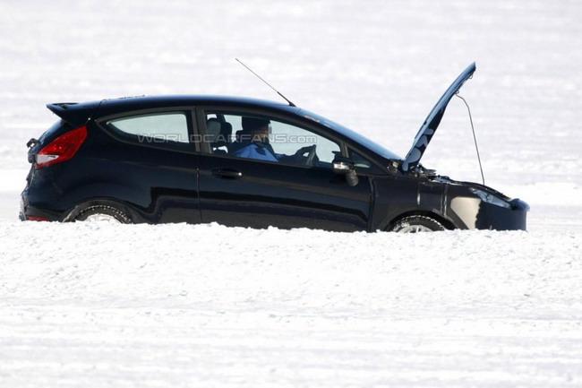 Обновленная Ford Fiesta проходит климатические испытания