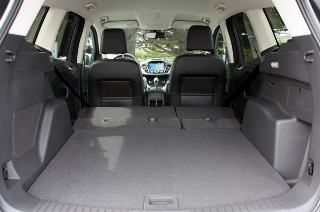 Стильный и вместительный новый Ford Kuga