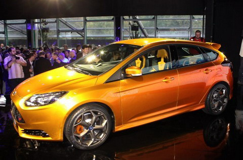 Ford Focus ST ������ ���������