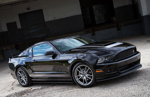 Roush ������������ Ford Mustang RS � ���������� V6