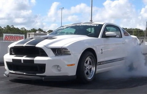 ����� ������� Ford Shelby GT500 1/4 ���� �� 9 ������