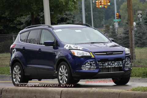 Линкольн получит собственную версию Ford Escape?