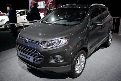 Ford представил в Париже кроссовер EcoSport