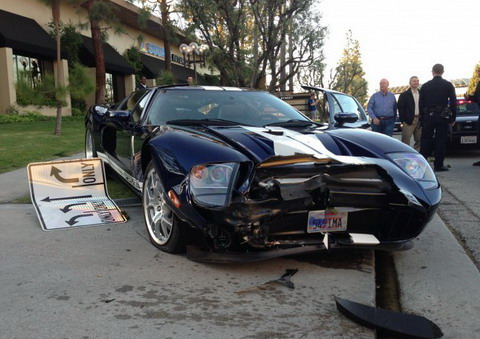 Ford GT �������� � ����������