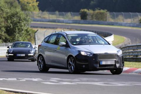 Обновленные Ford Focus и Focus ST проходят тестирование