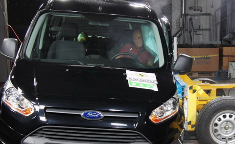 Новый Ford Tourneo Connect получил 5 звезд EuroNCAP