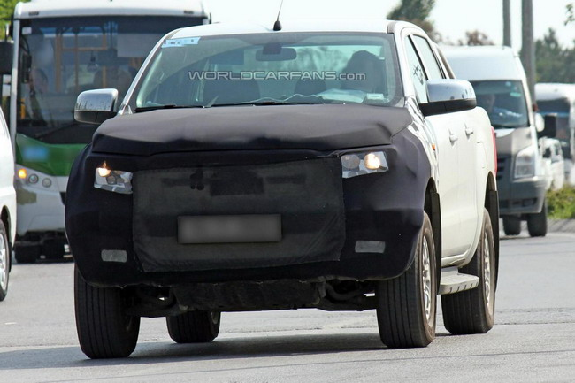 Обновленный Ford Ranger впервые пойман шпионами