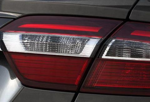 Форд Австралия дразнит фотографиями Falcon 2014