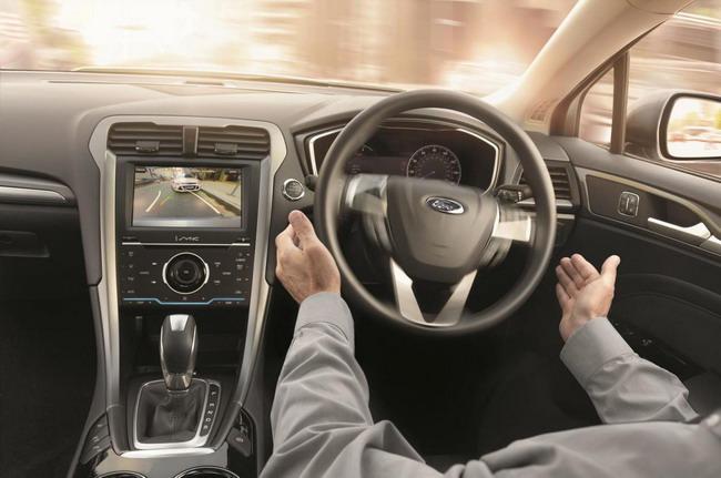 Новый Ford Mondeo поступит к европейским дилерам в октябре