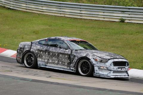 Ford Mustang Shelby GT350 будет использовать 5,2-литровый двигатель V8