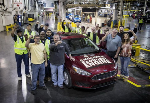 Ford �������� 5-���������� ������ � ���������� EcoBoost